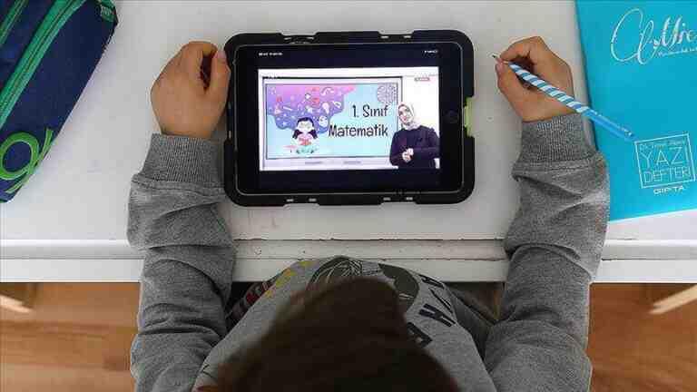 MEB ücretsiz tablet başvurusu nasıl yapılır, ücretsiz tablet dağıtımı başladı mı? İşte ücretsiz tablet başvuru ve dağıtım süreci…