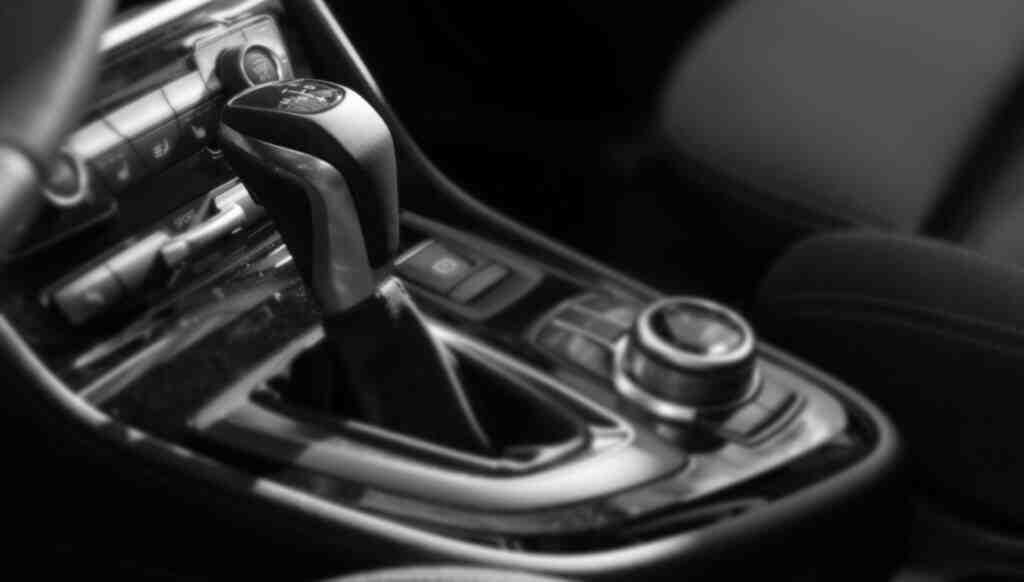 Satılan 10 araçtan 7'si otomatik vites