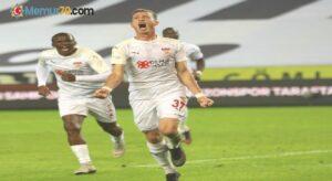 Hakan Arslan ligdeki ilk golünü attı