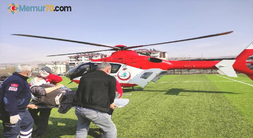 Kalp krizi geçiren kadın helikopter ile hastaneye yetiştirildi