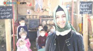 Köy okulunun açık hava sınıfı