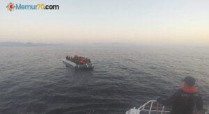 Yunanlıların denize bıraktığı 32 mülteciyi Türk Sahil Güvenliği kurtardı