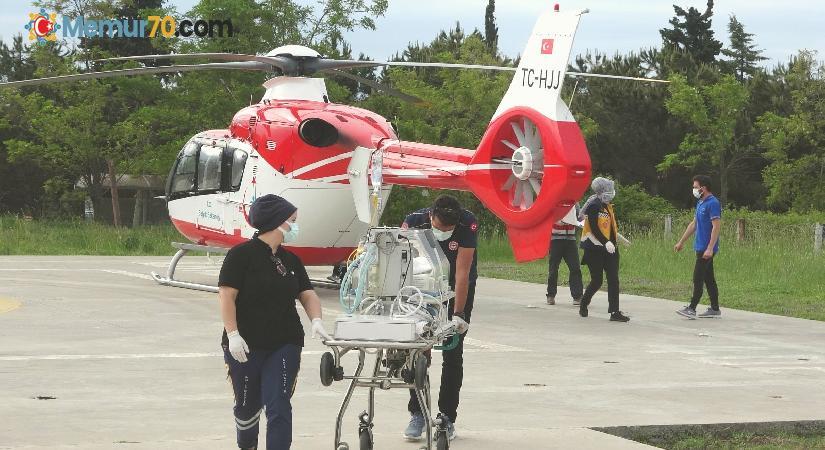 Ambulans helikopter 4 günlük bebek için havalandı