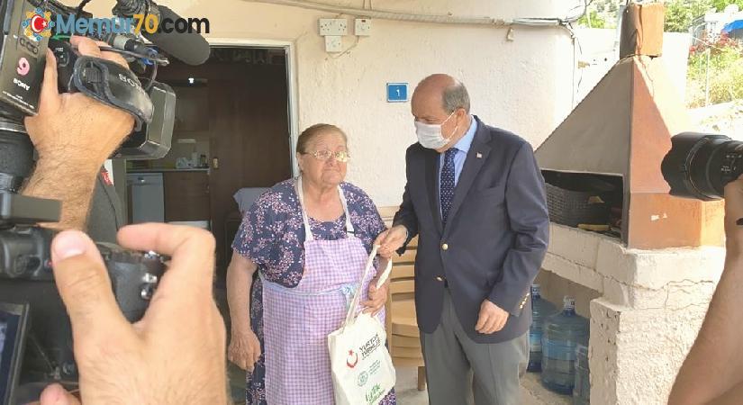 KKTC Cumhurbaşkanı Tatar, YTB'nin 'Gönül Köprüsü' projesi ile vatandaşlarla buluştu