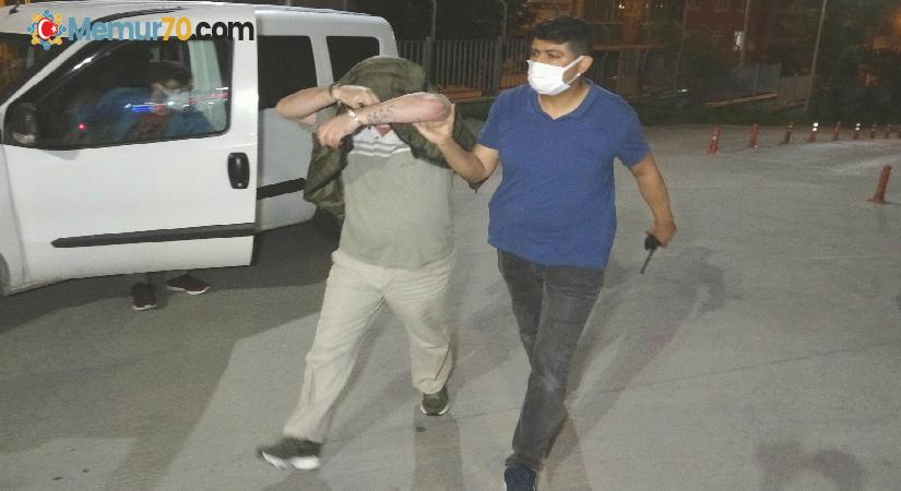 Samsun'da şehitlikteki bayrağı çalan 2 kişi yakalandı