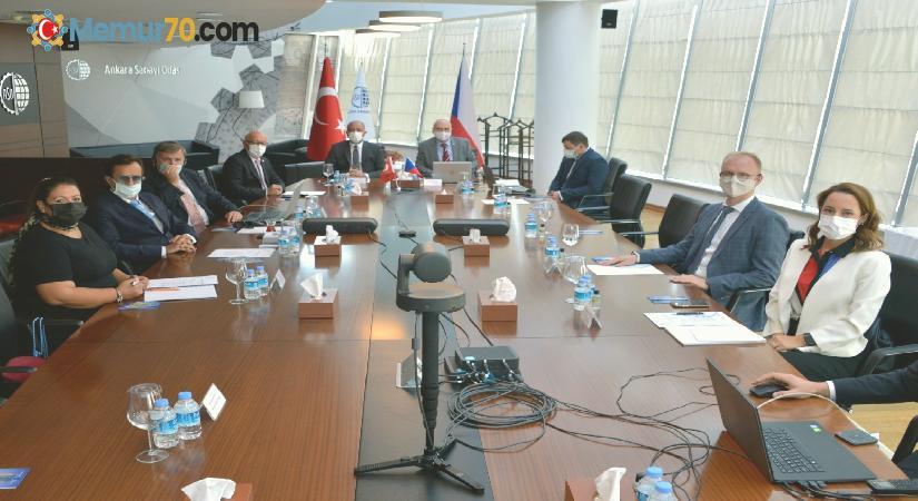 """Çekya Büyükelçisi Vacek: """"İhracattaki başarılarınızın sırlarını bize de öğretin"""""""