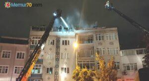 Eyüpsultan'da bir binanın çatısı alev alev yandı, mahalle sakinleri sokağa döküldü