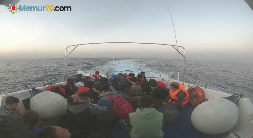 İzmir açıklarında 75 düzensiz göçmen kurtarıldı