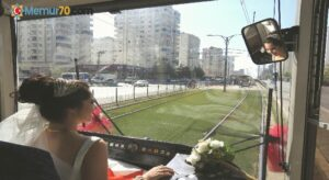 Tramvay, gelin aracı oldu