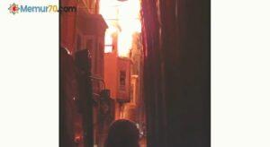 Balat'ta 4 katlı bina alev alev yandı